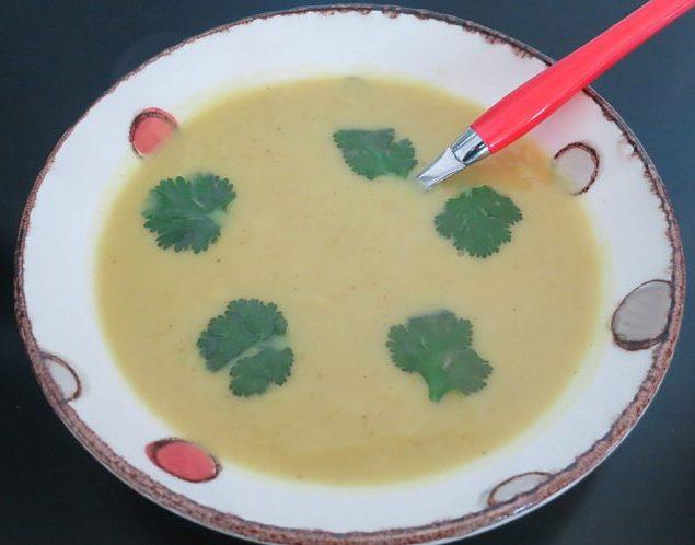 Soupe de patates douces à la thaïlandaise